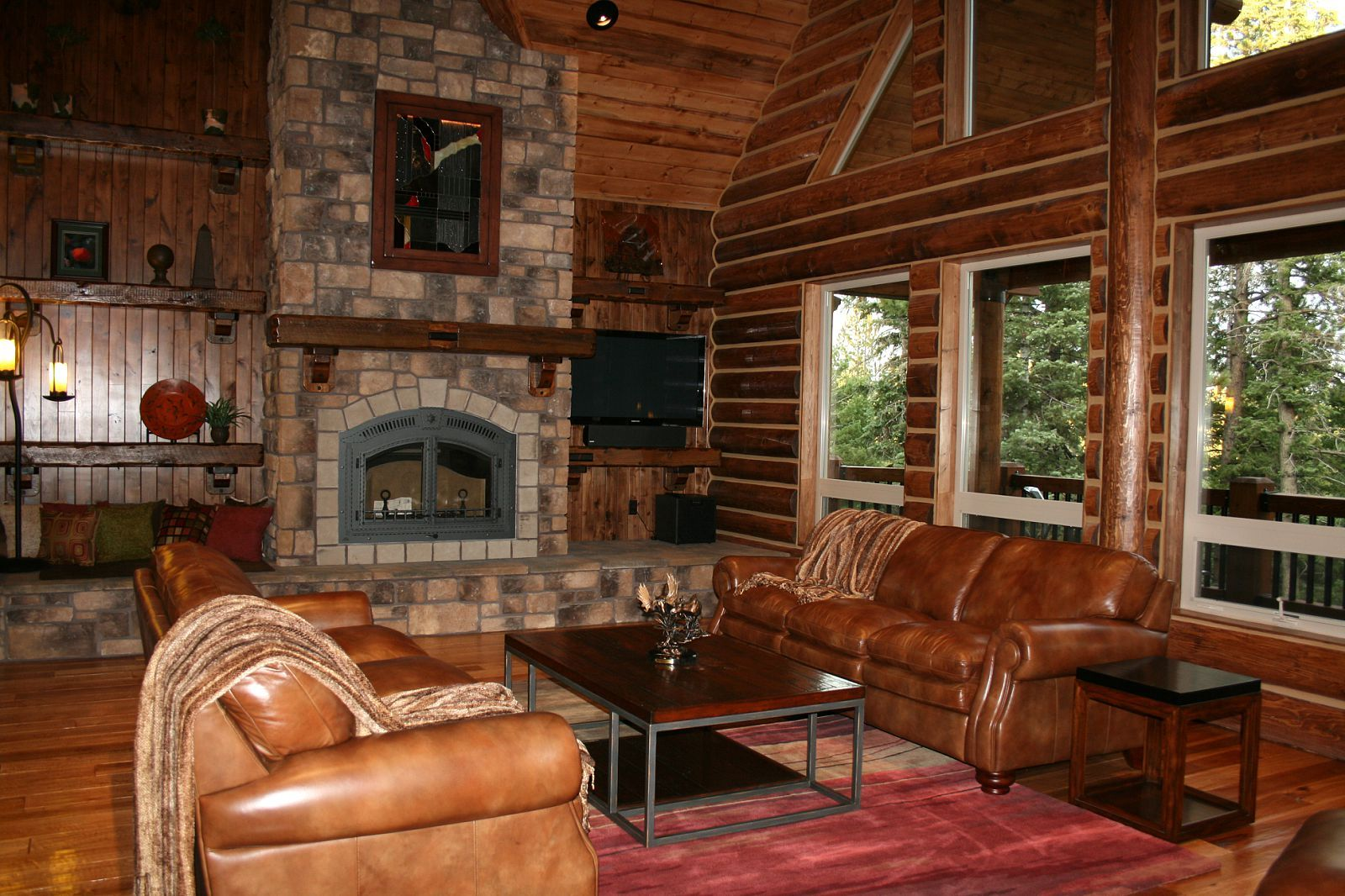 pics of log home interiors  California log home kits and