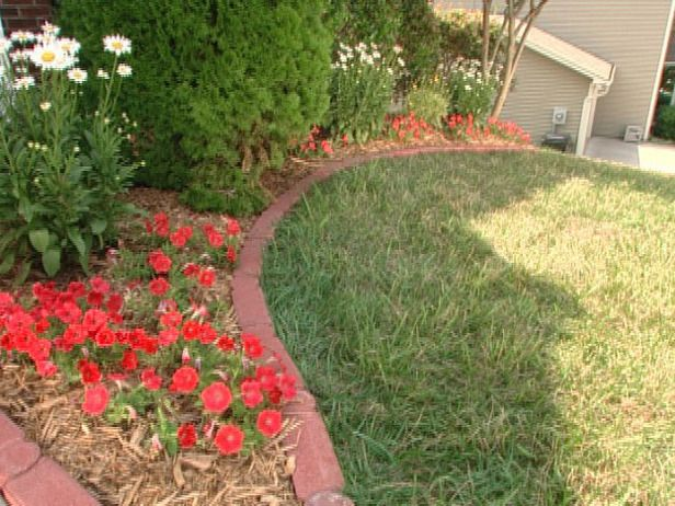 Brick Edging Around A Flower Bed Handy Little Tips Pinterest