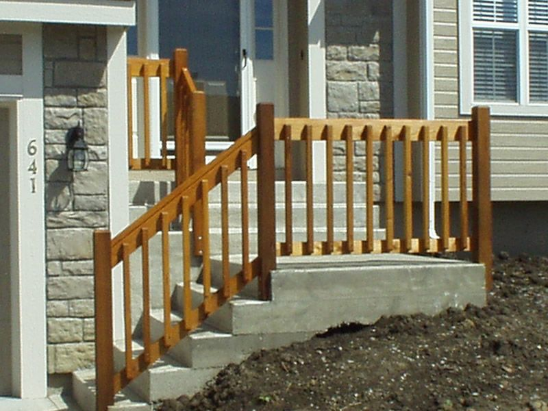 Diy Wooden Porch Handrail Ideas Wood Railing And Concreate Steps