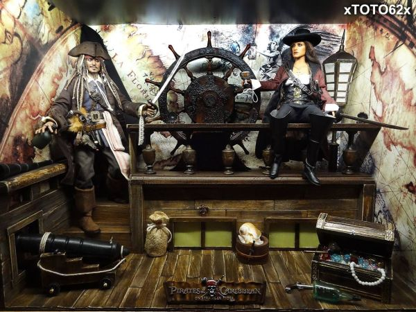 Jack Sparrow and Angelica Hot Toys Diorama Sixth Scale