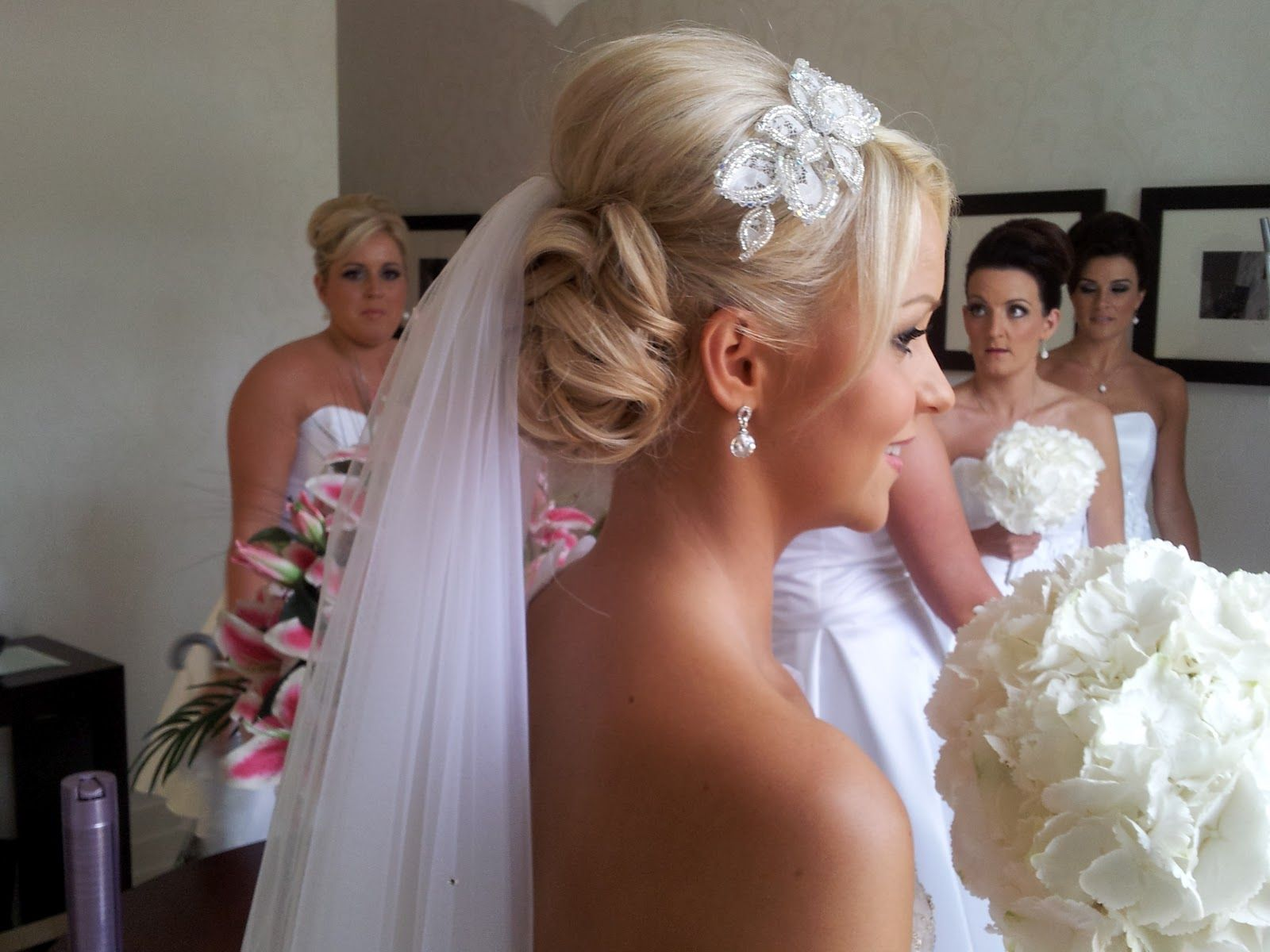 Summer And Spring Hair Styling Tips For A Gorgeous Wedding