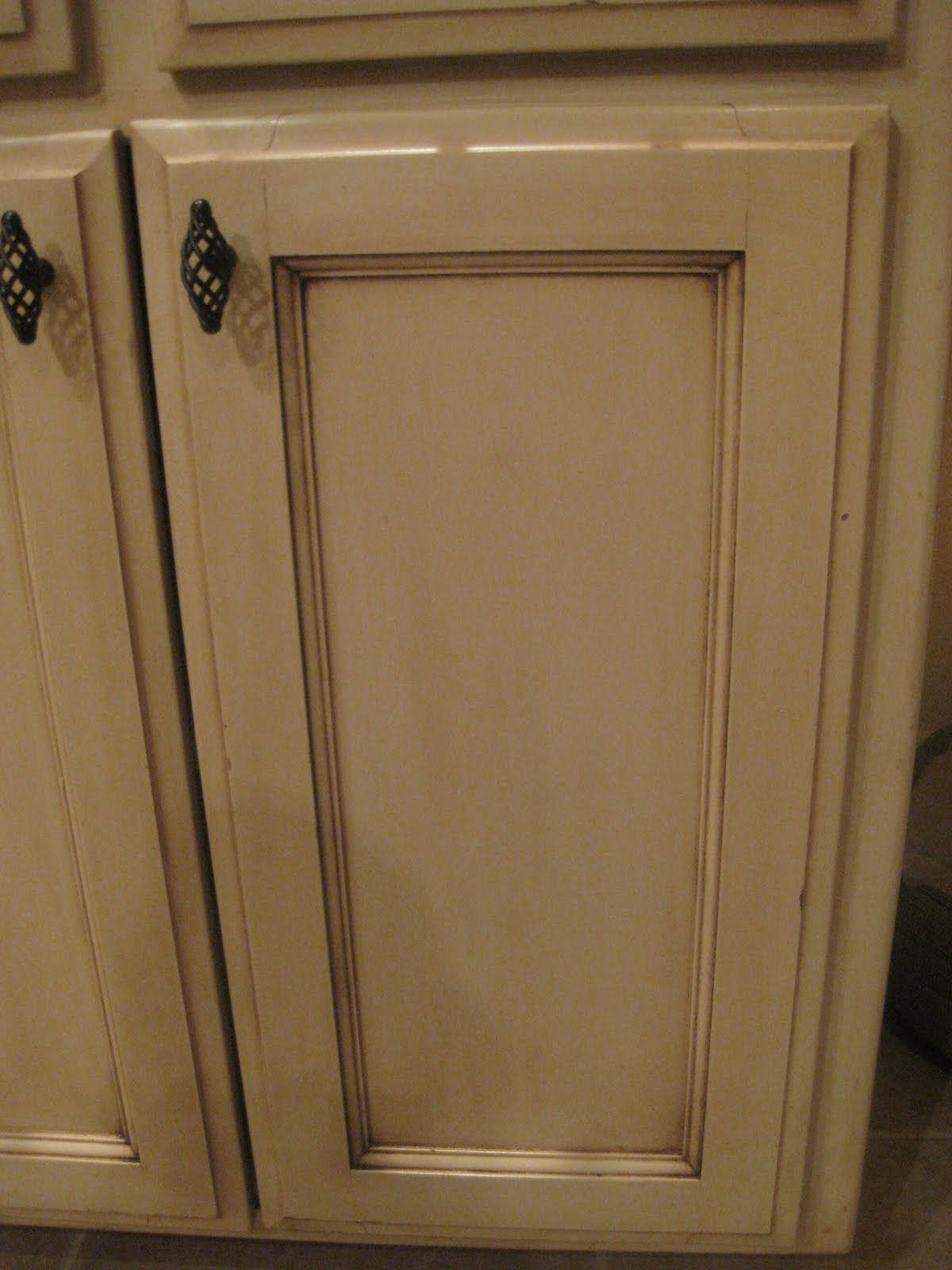 Glazing cabinets using Old Masters Gel Stain  DYI tips