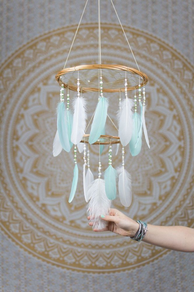 Mint And White Feather Mobile Chandelier Bohemian Nursery Hanging Decoration Baby Shower Gift Handmade Dreamcatcher