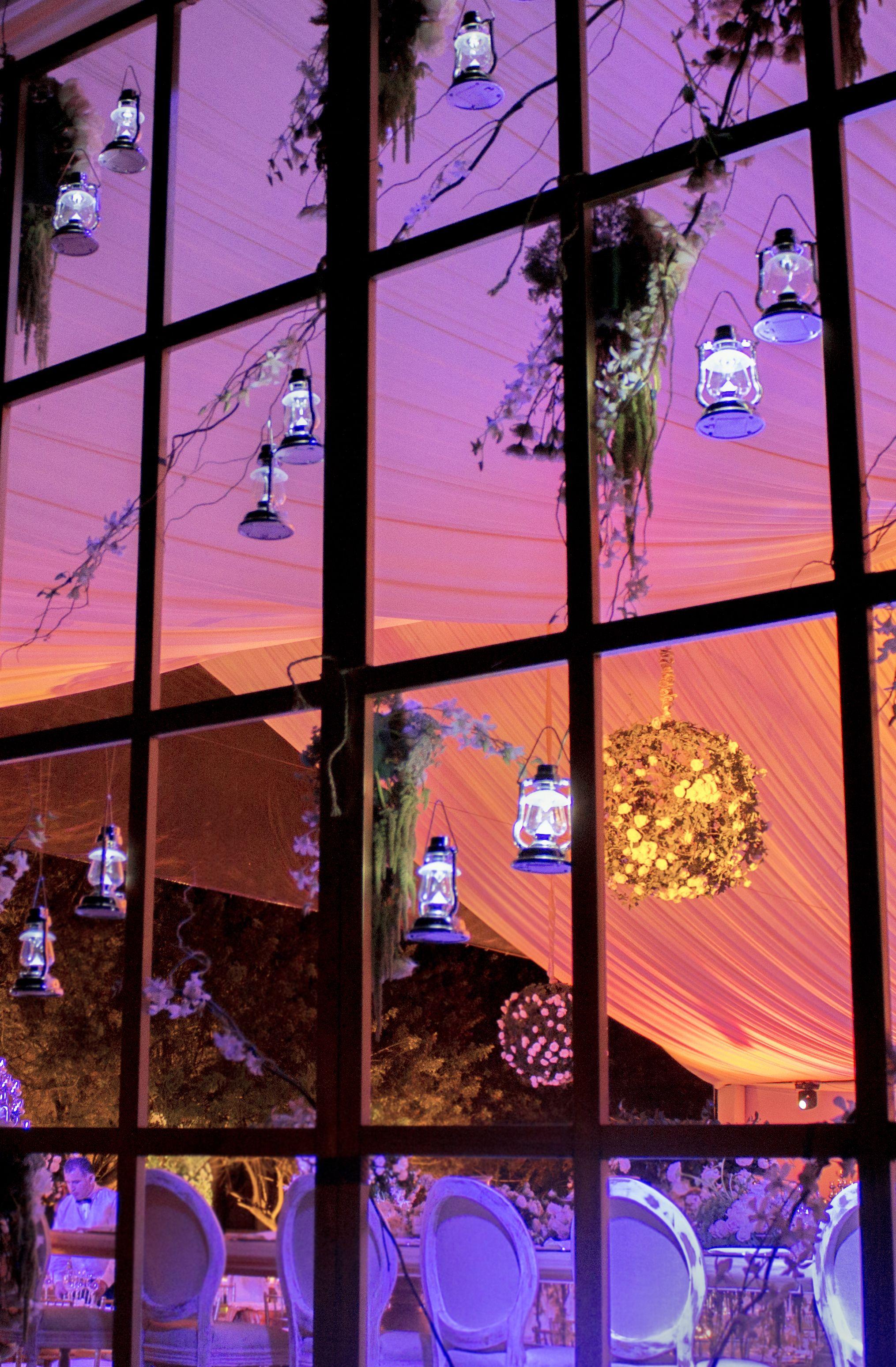 Iluminacin boda en jardn  Eventos en Jardn  Pinterest