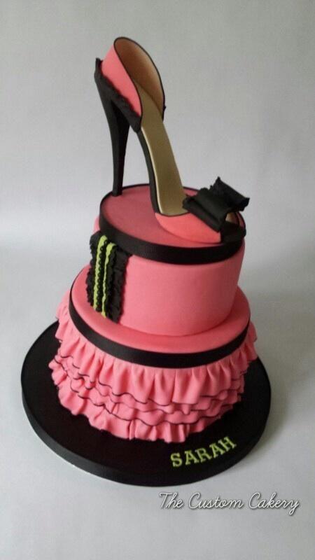 Mrs Happy Birthday Diva Cake