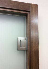 Frameless glass doors opening both ways | Glaswerk | GLASS ...