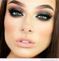 Green eye makeup for green eyes | EYES | Pinterest | Green ...