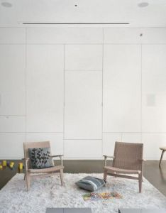 Dynamic two family house modernism chair wall white great pin for oahu architectural also rh pinterest