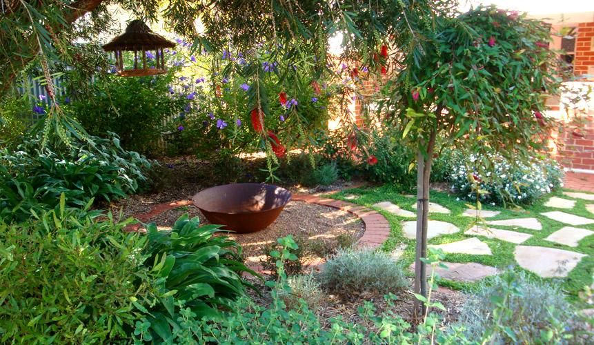 7 Beautiful Gardens Ideas The Home Touches Exteriors Patios