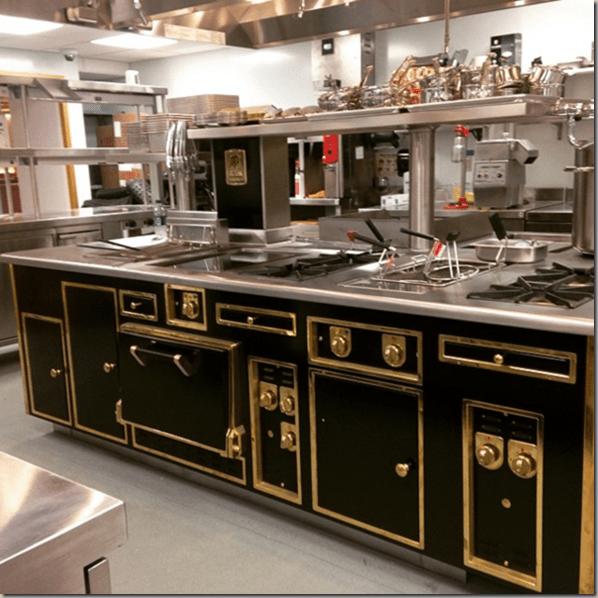 The Most Gorgeous Stove Its A Molteni Kitchen