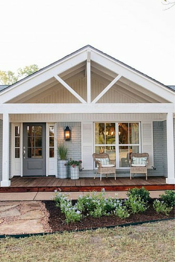 We <3 This Front Porch Exteriors Pinterest Modern Country