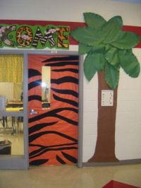 """Jungle Door... """"We're wild about learning!"""" 