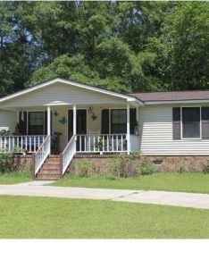 See great manufactured home porch designs and decks plus learn about planning  new for your lots of ideas tips advice also front mobile pictures rh pinterest