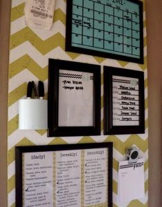 Organize your life on campus with this diy college dorm decor idea chevron paper pinning board calendar white for quick notes and reminders also organization pinterest organizations classroom rh