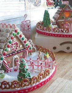 Gingerbread house simple recipegingerbread recipesgingerbread also galletas de navidad pinterest rh
