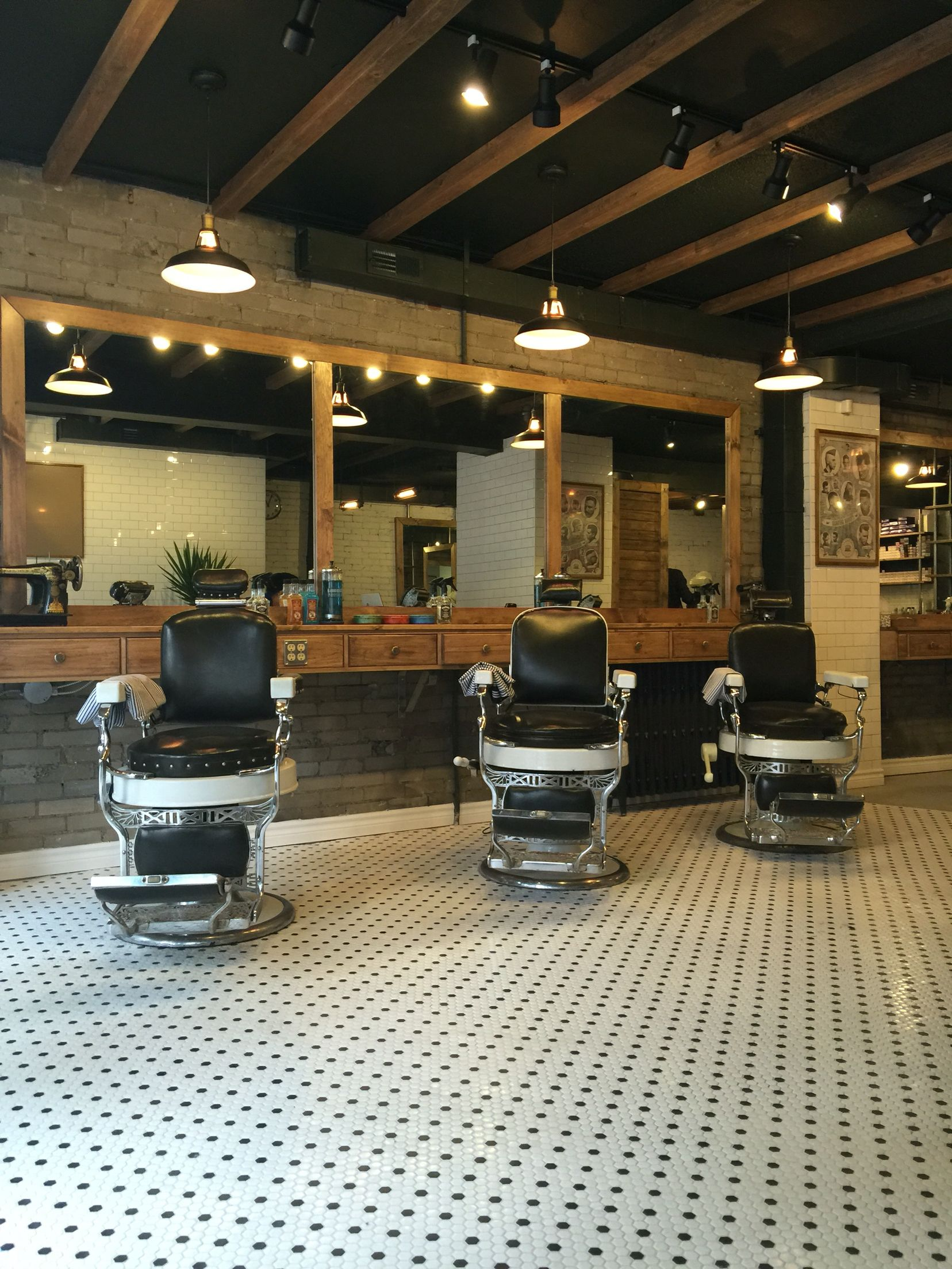 Old School Barber Chair Best 25 43 Barber Shop Chairs Ideas On Pinterest Barber