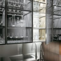 Kitchen: Minimalist Transparent Glass Kitchen Wall