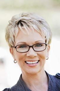 Attractive Short Hairstyles For Women Over 50 With Glasses For
