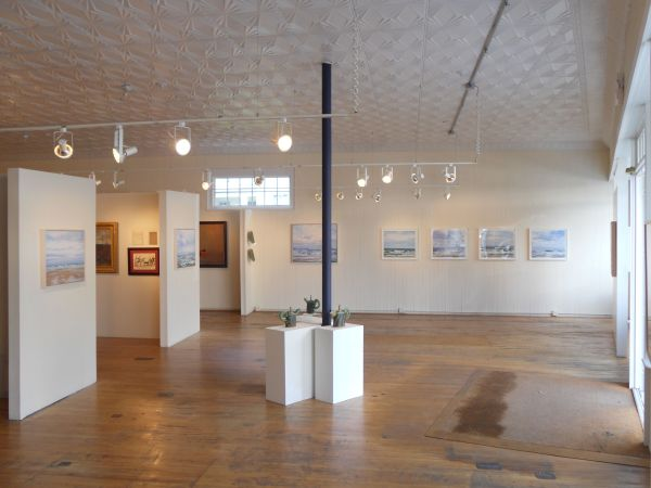 Images of Small Art Galleries