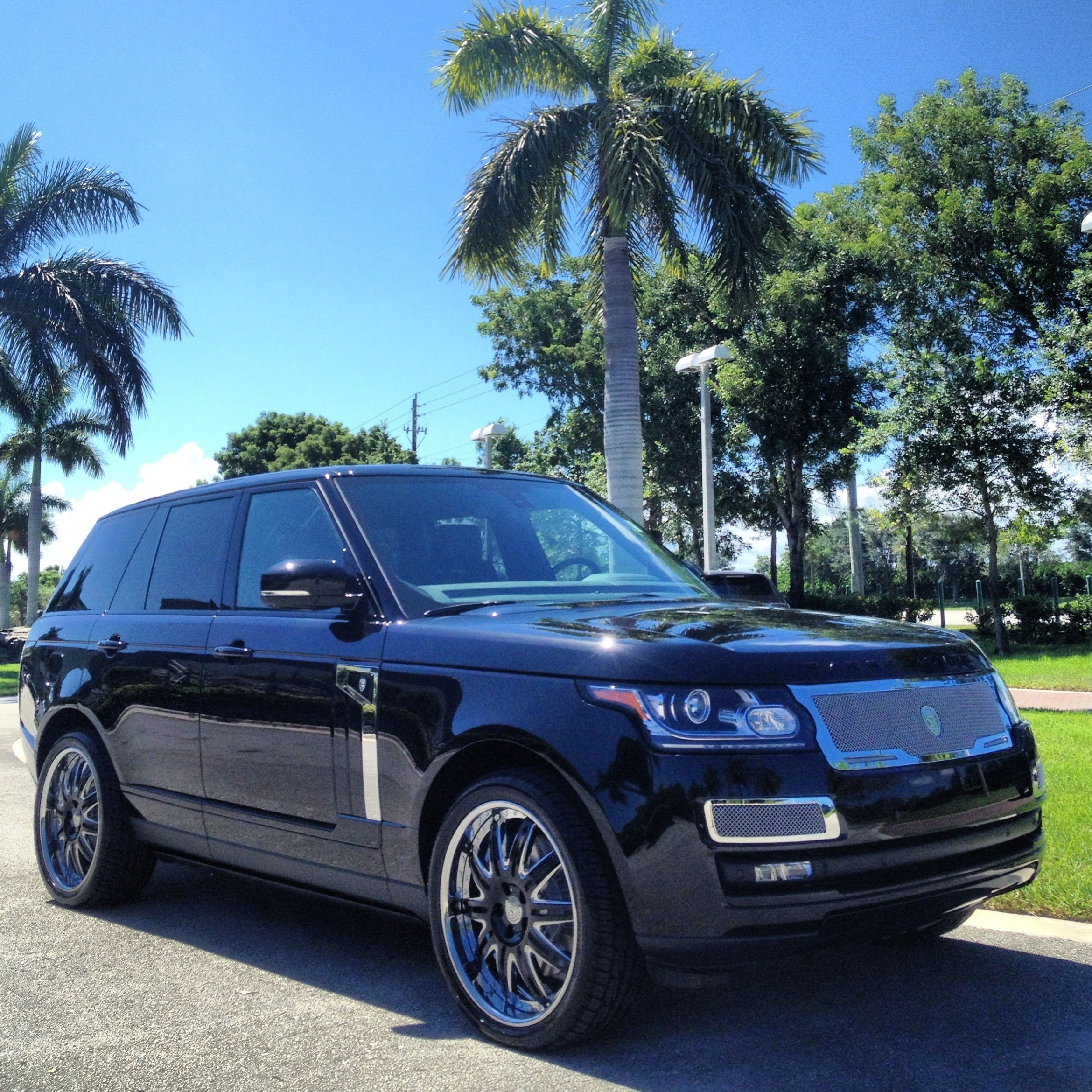 2014 Land Rover Range Rover with STRUT Collection