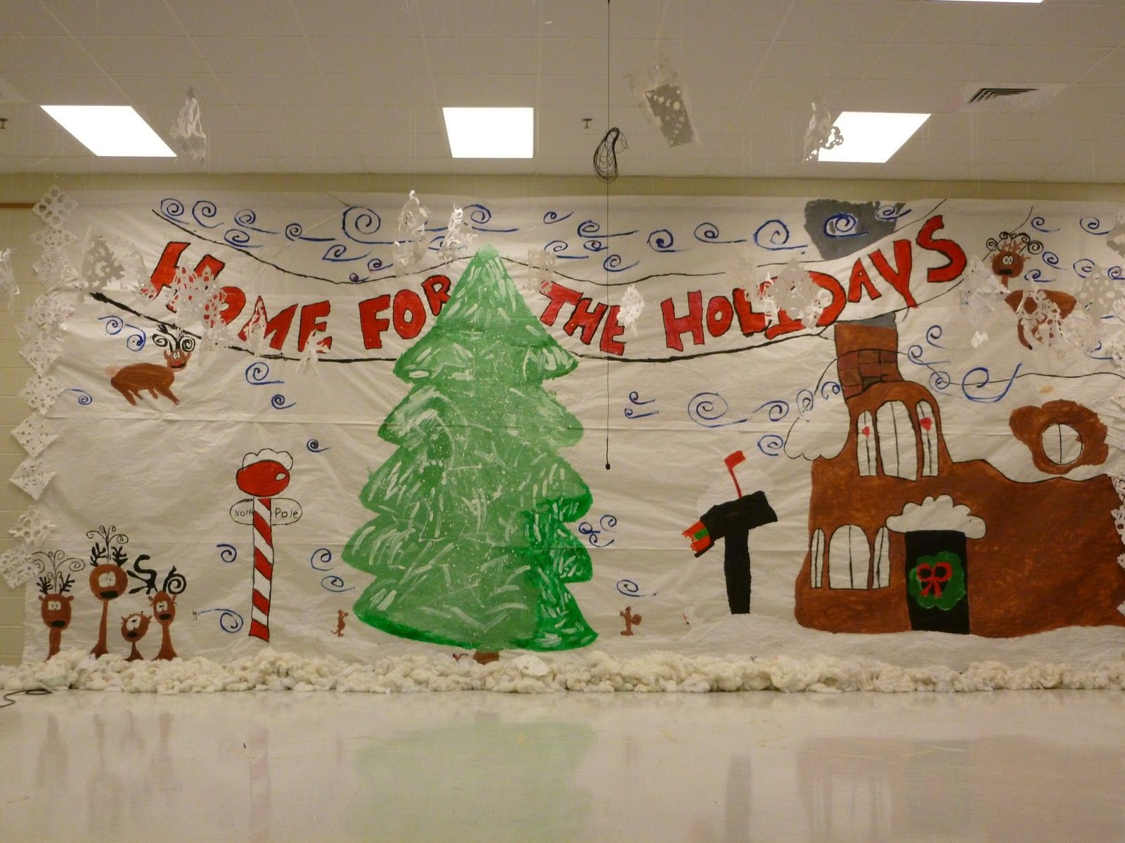 Elementary School Stage Christmas Decorations