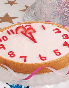 Countdown cheesecake for new year   eve decoration idea pin leads no where midnight party celebration at home with family and friends also strawberry clock recipe rh pinterest