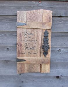 Primitive rustic home decorpallet sign with door knob reclaimed wood inspirational saying also rh uk pinterest