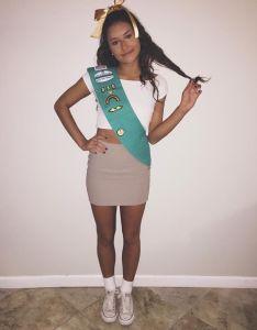 College costume halloween girl scout diy also ideas rh pinterest