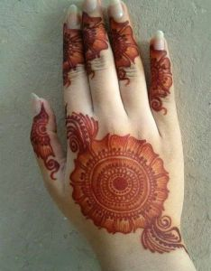 There are bunch of websites that offer numerous mehndi designs and it is pretty hard to pick out the best one easy also images about mehandi on pinterest henna rh uk