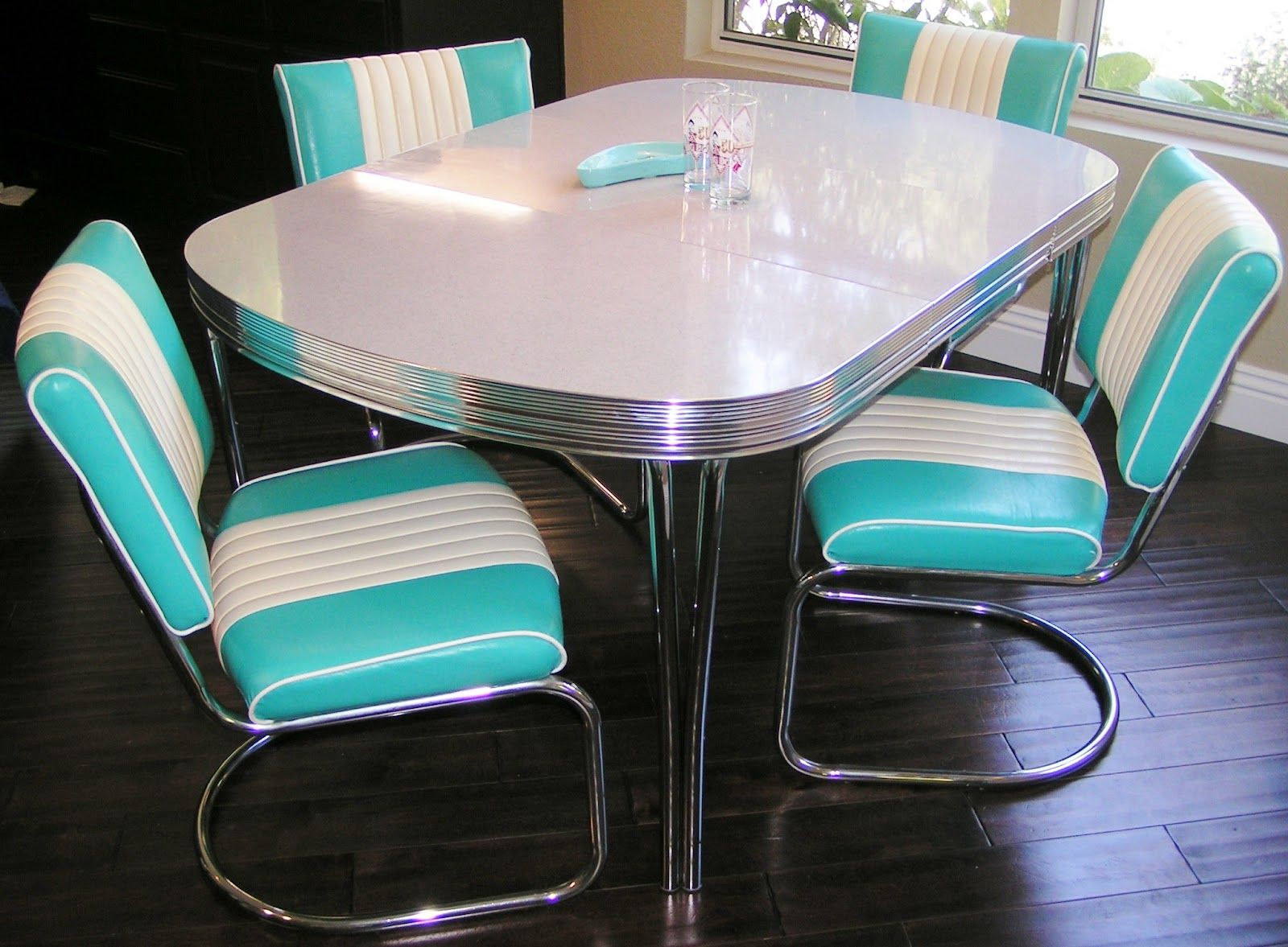 Formica Table And Chairs Google Image Result For Http 3 Bp Blogspot