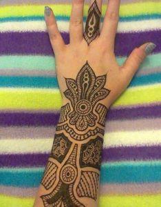 Fingertip henna festivalbound cool pinterest tattoo ideas finger and design also rh uk