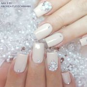 #trendstyle #trends #ivory #nails