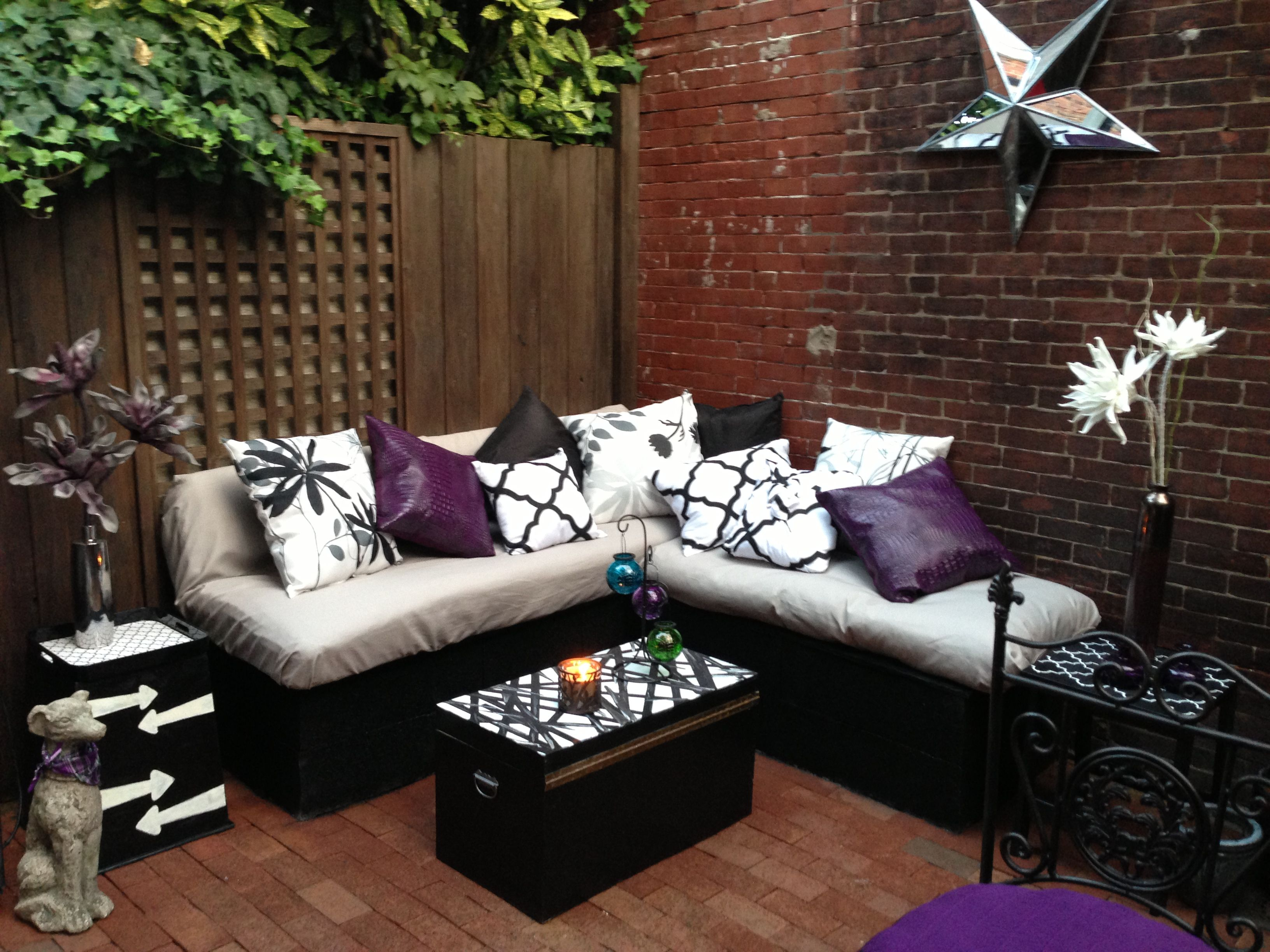 diy lounge seating cinder block and black spray paint as the base
