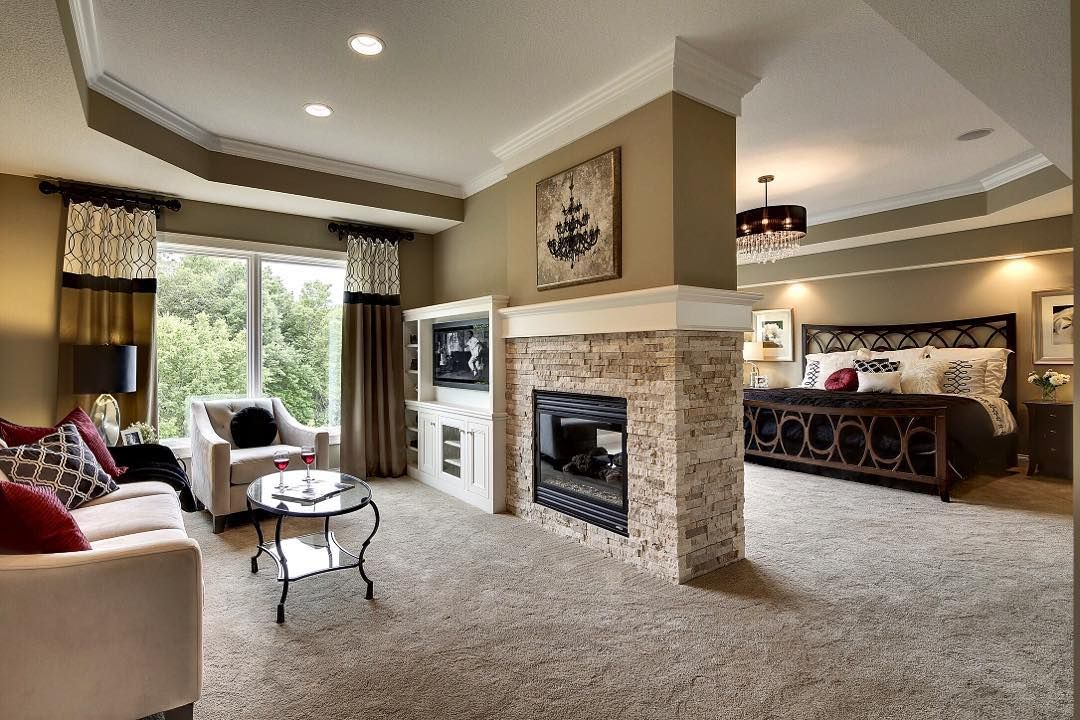 Rise and shine! Master suite with sitting room and 2