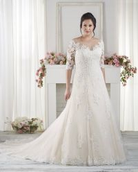 The Best Wedding Dresses for Fat Arms! | Sleeved wedding ...