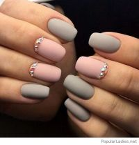 2017 White and Pink Nails | Matte grey and pink gel nails ...