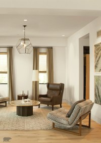 Coat the walls of your living room with a neutral cream