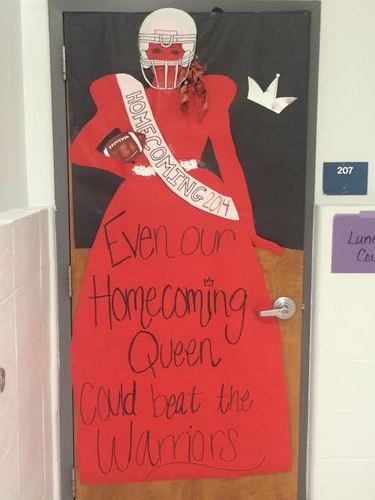 Decorating doors at VHS brightens homecoming week
