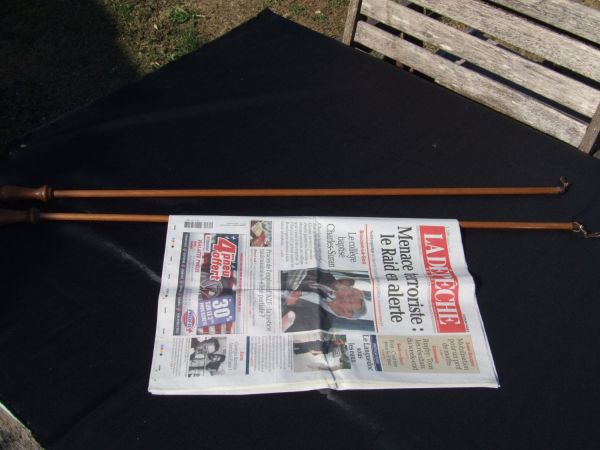 Two Wooden Holder Stick Vintageretrooddities