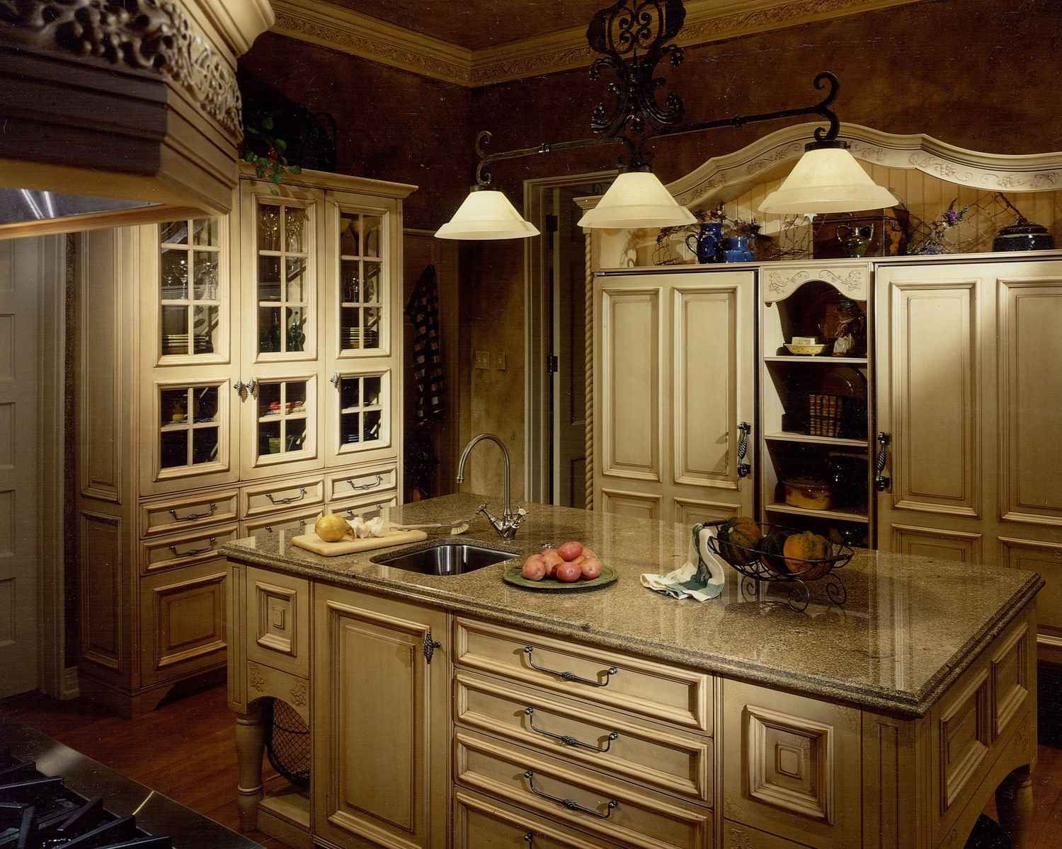 French Country Kitchen Décor French Country Kitchens Kitchens And