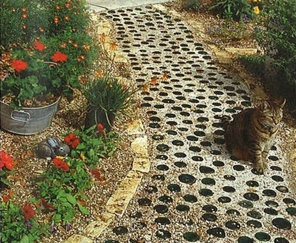 Wine Bottle Path Hey The Cat Likes It! Garden Paths
