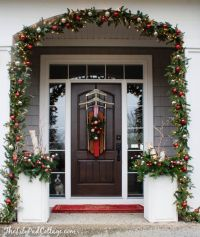 Vintage Sled Front Door Decor | Front door decor, Front ...