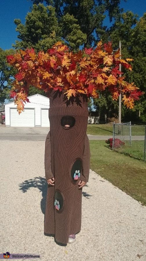 Tree - Halloween Costume Contest