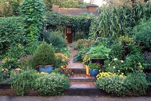 Garden Design With The Edible Garden Flipping The Notion Of The