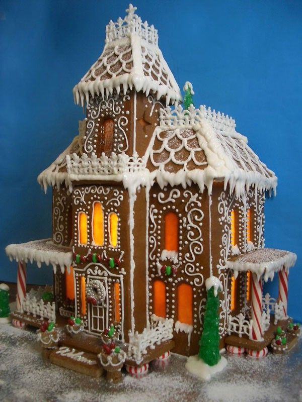Victorian Gingerbread House I Need To Make Some Day! HOLIDAYZ