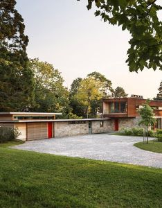 The original house was designed during world war ii by john lincoln former senior architect for navy at quonset point and professor of also renovated historic with appealing design features in rh uk pinterest