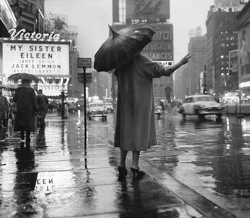 Anime Girl With Umbrellas In Rain Wallpaper New York City Rainy Street Scene 1955 Black And White