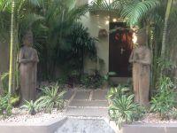 Bali Villa entrance garden | tropical garden | Pinterest ...