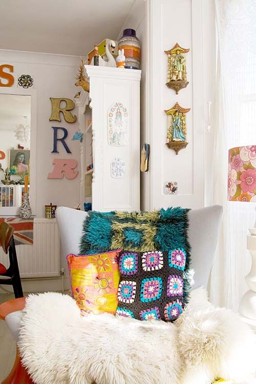 Apartment Kitsch Retro And Colourful Home Design Love This