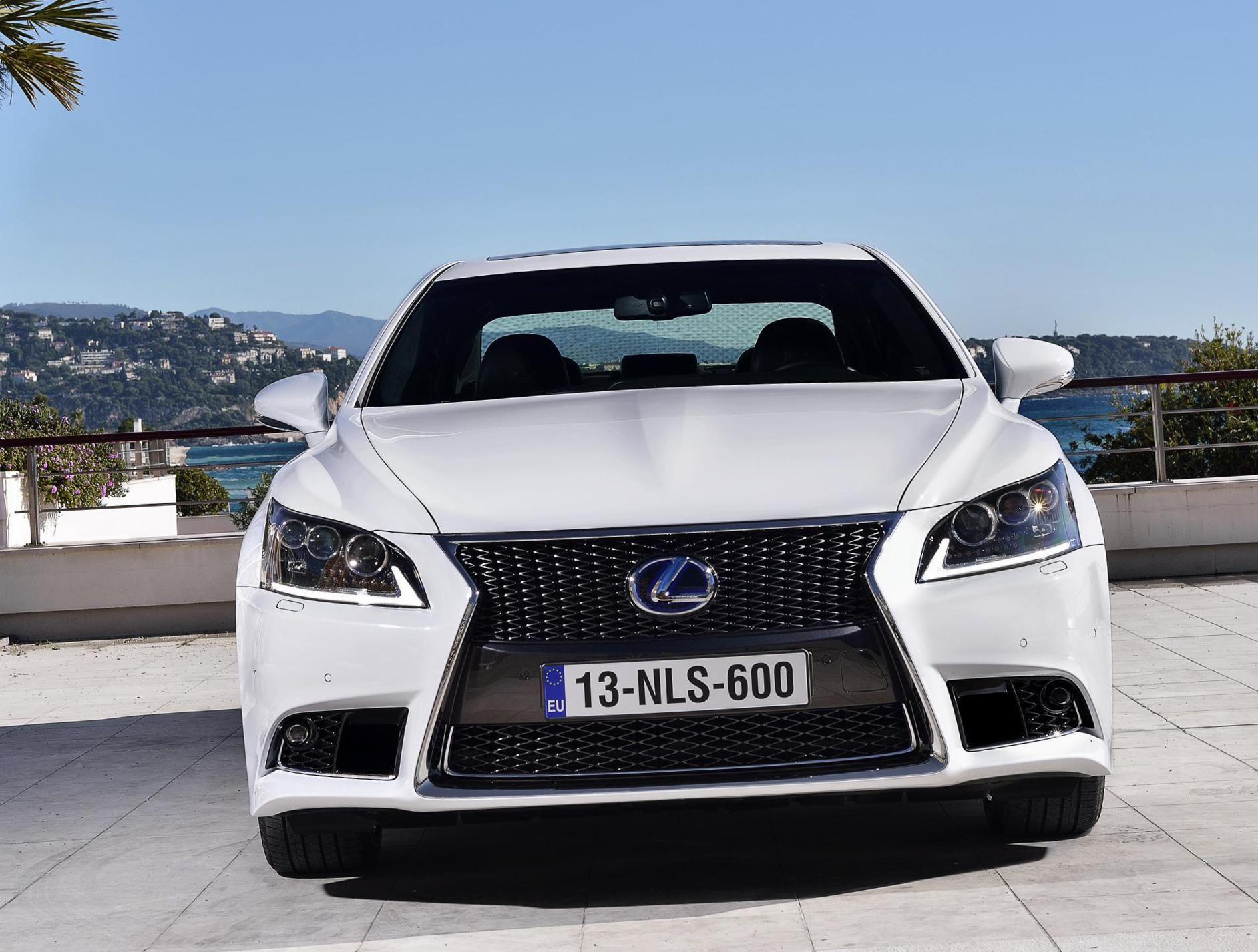 Lexus LS 600h lease Auto